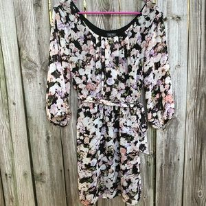 Lily Rose Floral Dress Size Medium